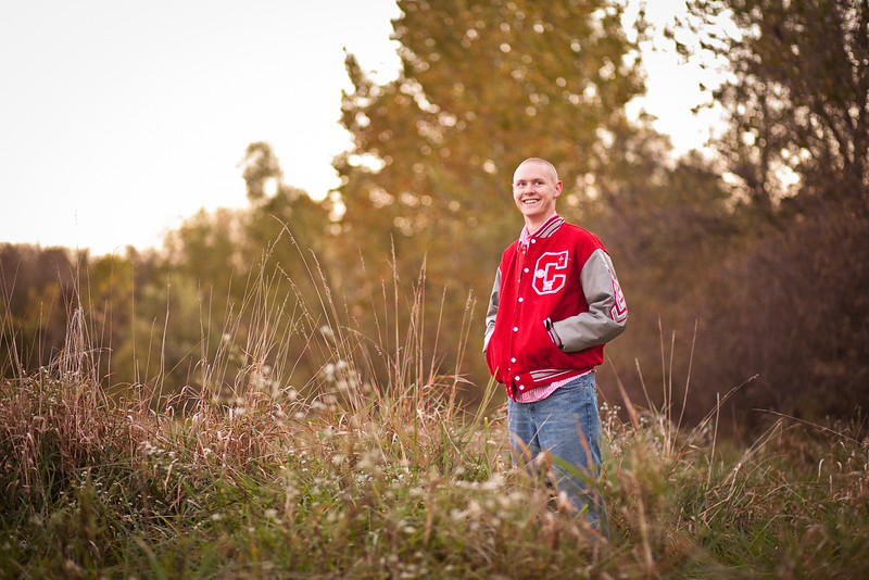 Jefferson_City_MO_Calvary_Lutheran_High_School_Senior_Portrait_Photographer_Outdoor-5.jpg