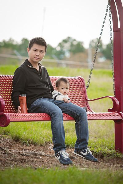 trinh-family-portrait_0001.jpg