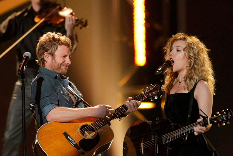 . Dierks Bentley (L) performs with The Band Perry during the the Grammy Nominations Concert in Nashville, Tennessee December 5, 2012. REUTERS/Harrison McClary