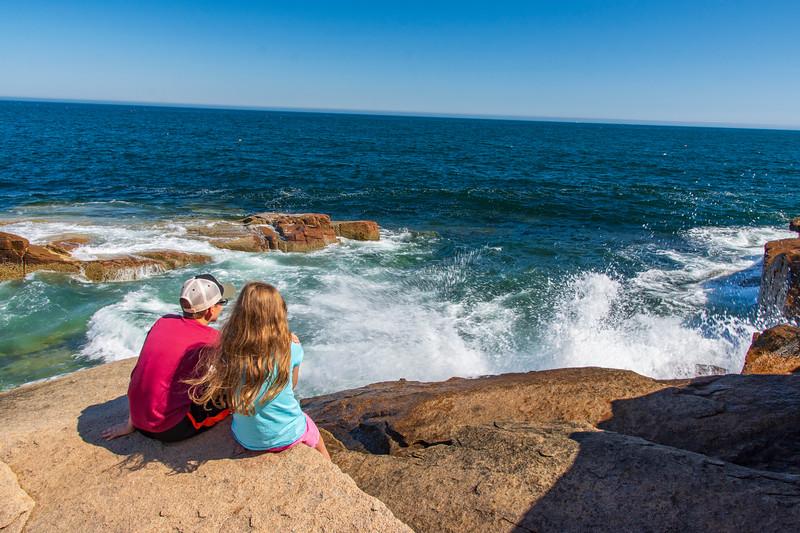 Grace-Elijah-Acadia-rocky-shore3.jpg
