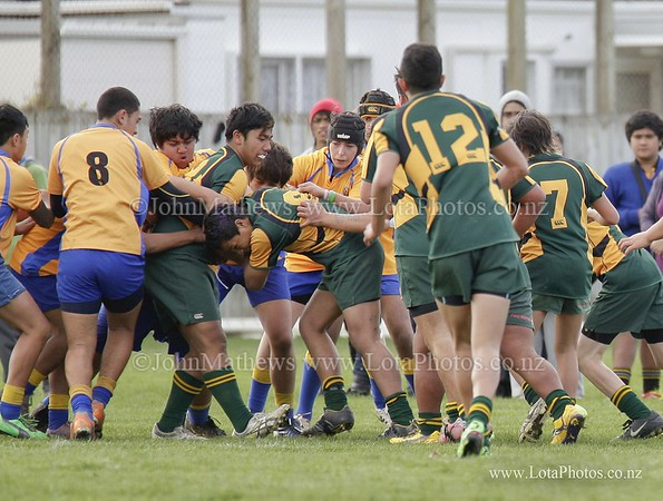 jm20120825 Rugby - U14 Final - Rongotai v Mana _MG_0015 b WM