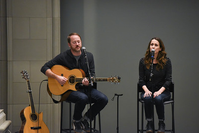 Songwriter's round of music