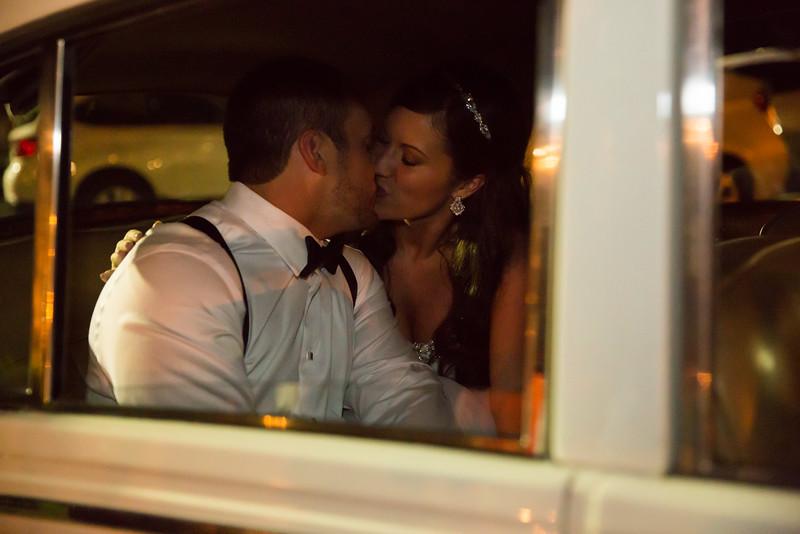 1202_Josh+Lindsey_Wedding.jpg