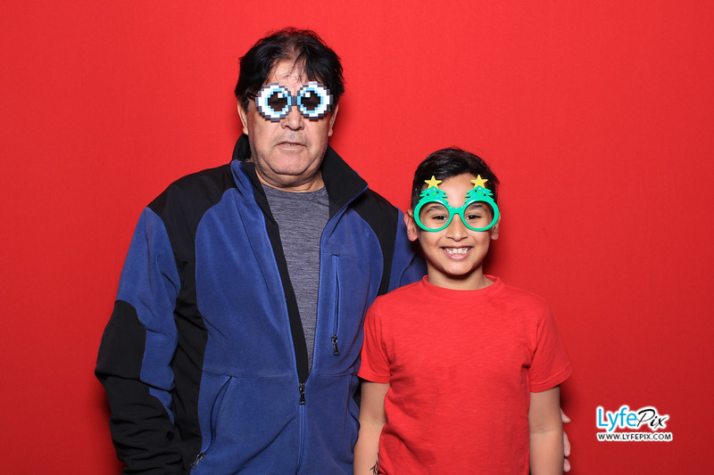 eastern-2018-holiday-party-sterling-virginia-photo-booth-0142.jpg