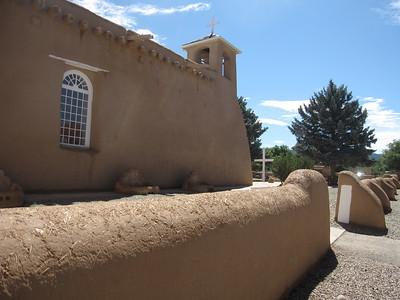 Ranchos de Taos -- San Francisco Church