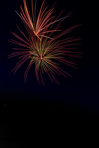 Fireworks 190629220223 2724.jpg