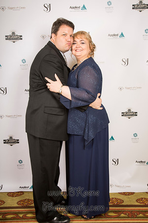 2014 Gala Red Carpet Photos