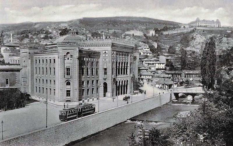 Sarajevski tramvaj18.jpg