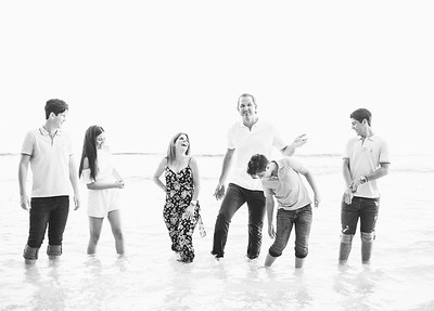 Cynthia Robles Family _ TOP PHOTOS