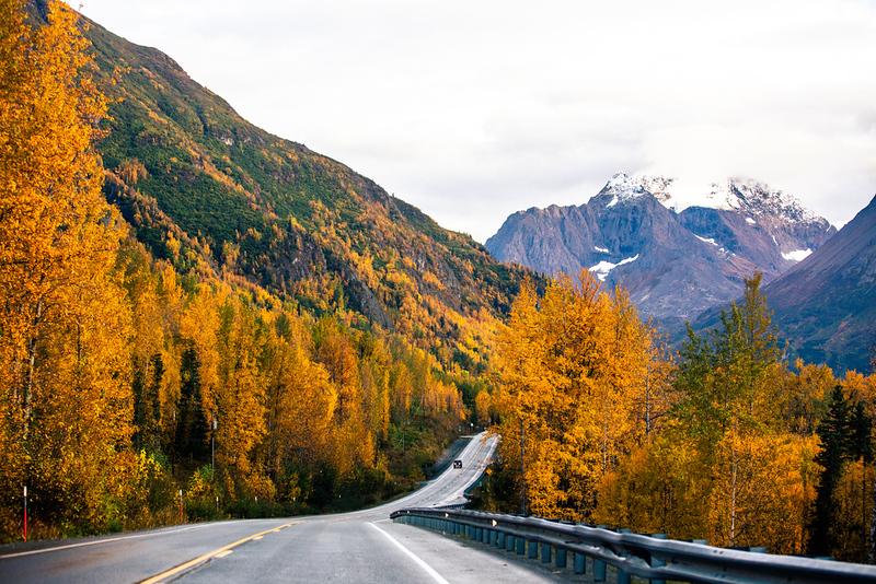 alaska road trip in fall