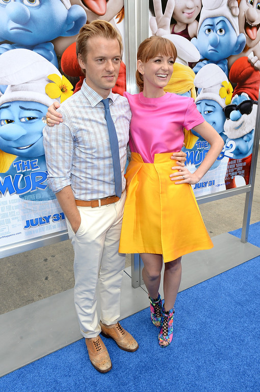 """. Actors Jayma Mays (R) and Adam Campbell attend the Los Angeles premiere of \""""The Smurfs 2\"""" at Regency Village Theatre on July 28, 2013 in Westwood, California.  (Photo by Michael Buckner/Getty Images for SONY)"""