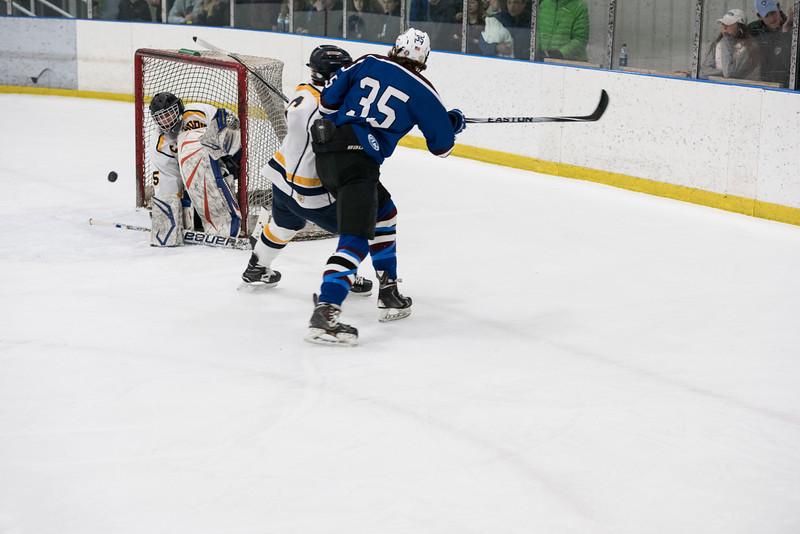 Wildcats Hockey 1-14-17_0304.jpg