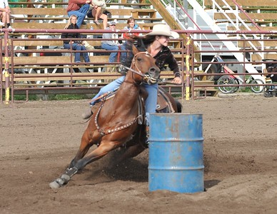 Barrel Racing (Jr. & Ladies)
