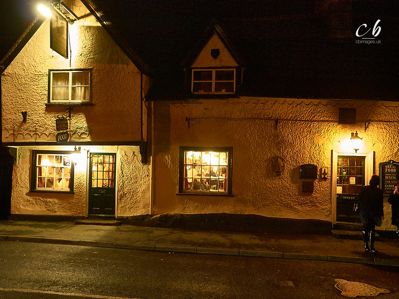 _1144653 The Cock in Gamlingay at night.jpg