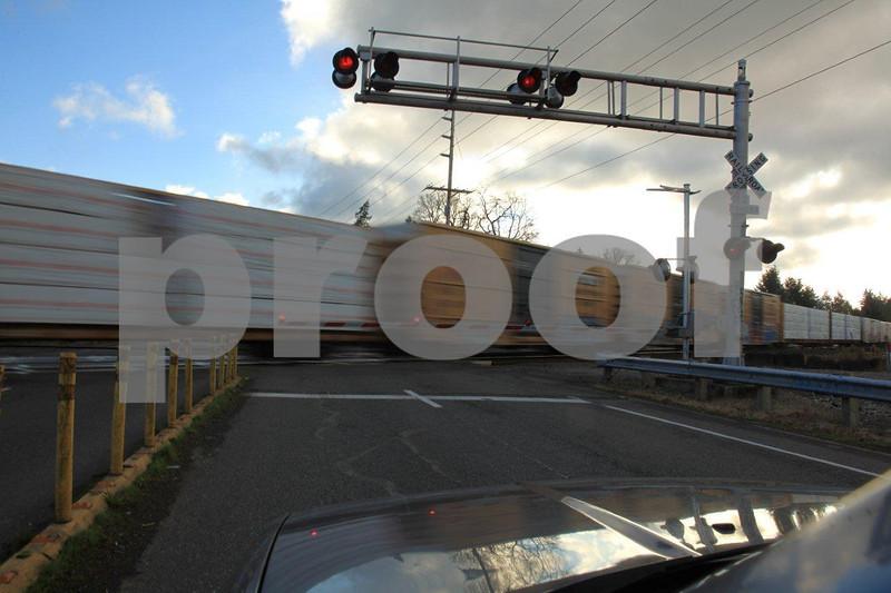Train x-ing 3050.jpg