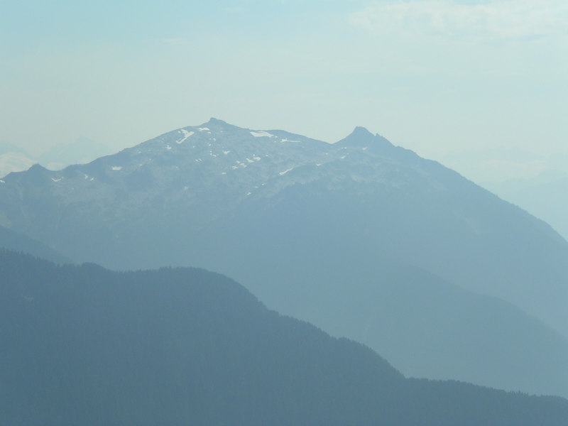 Hey, I think that is Snowking! We were just at the summit a few weekends ago!