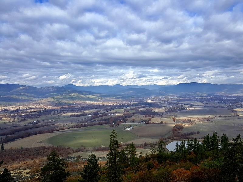 Geocaching Upper Lower Table Rocks Oregon