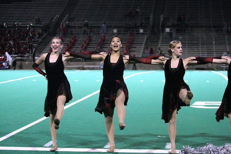 28-Oct-2011 Cheerleaders, Dancers, Band, & Fans