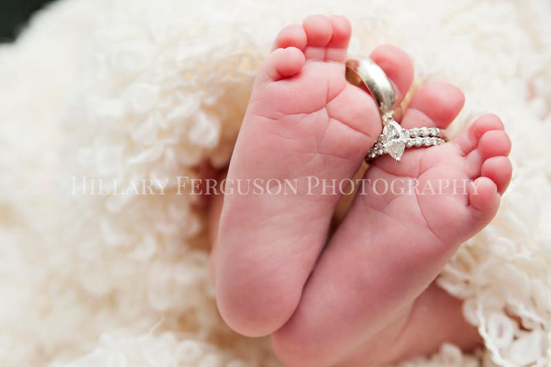 Hillary_Ferguson_Photography_Carlynn_Newborn046.jpg