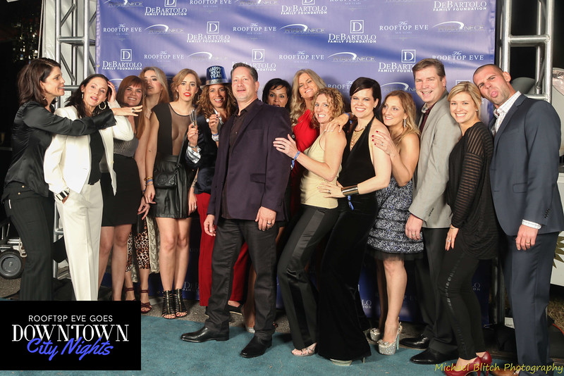 rooftop eve photo booth 2015-640