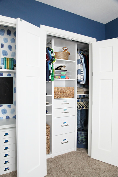 Organized Boy's Bedroom Closet