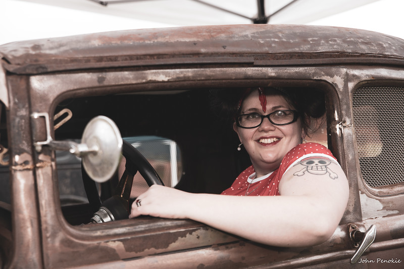 Event: Monsters Model Motars (MMM) 2019 Model: Sam Gerrits -  Llamalicious Cosplay Hair: Self MUA: Self SFX MUA:  Photographer: John Penokie / EyeOnYouPhotos.com  Car Year: 1930 Make: Ford Model: Model A Owner: Terry King