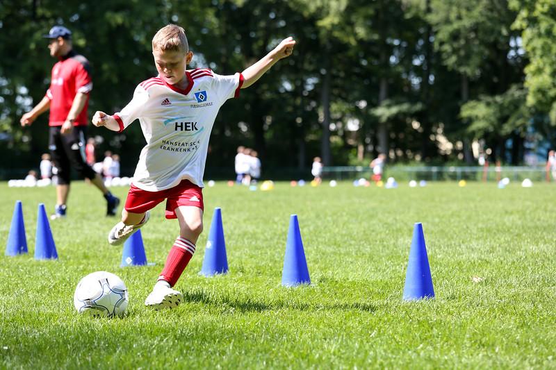 hsv_fussballschule-475_48047957341_o.jpg