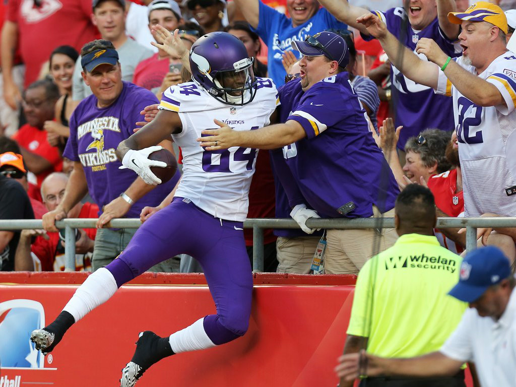 ". 2. (tie) MINNESOTA VIKINGS <p>It�s starting to look like they can�t POSSIBLY lose a game this season. (unranked) </p><p><b><a href=""http://www.twincities.com/vikings/ci_26395358/vikings-30-chiefs-12-cassel-secure-bridgewater-sharp\"" target=\""_blank\""> LINK </a></b> </p><p>   (AP Photo/Ed Zurga)</p>"
