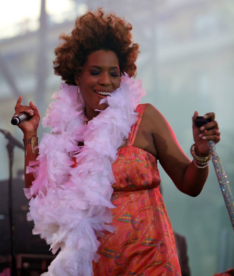 Macy Gray sings at the Nice Jazz Festival on 7/11/11