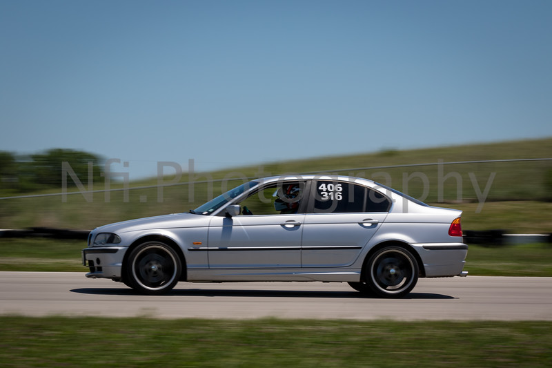Flat Out Group 3-317.jpg