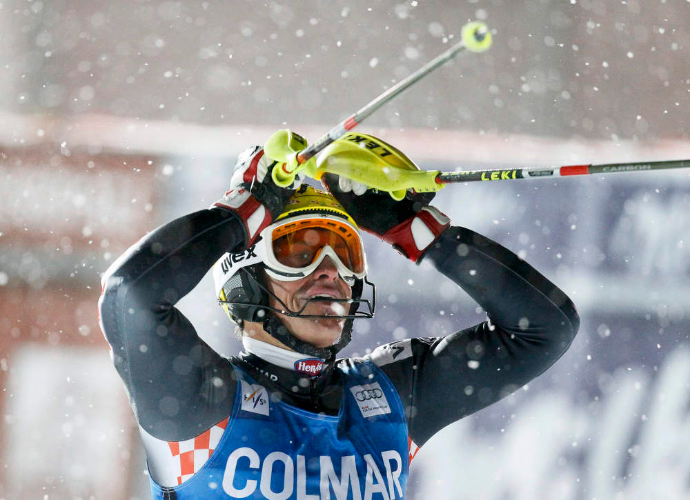 Description of . Ivica Kostelic of Croatia reacts after the second leg in the men's World Cup Slalom skiing race in Val d'Isere, French Alps, December 8, 2012.    REUTERS/Robert Pratta