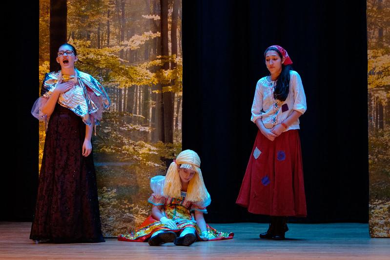 2015-11 Cinderella Rehearsal 0499.jpg