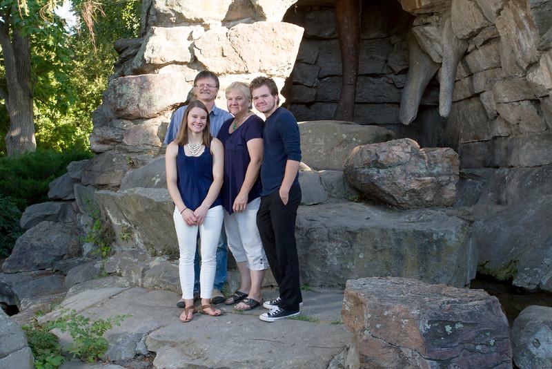 FamilyPortrait_8.20.16_30.jpg