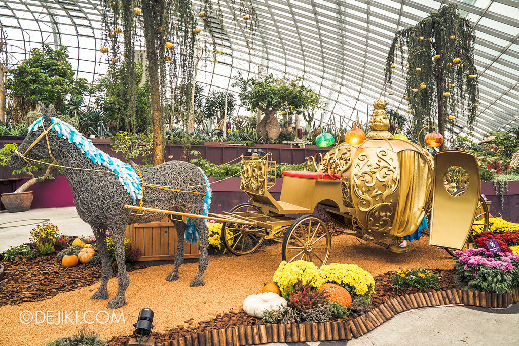 Gardens by the Bay - Autumn Harvest Floral Display - Pumpkin Carriage