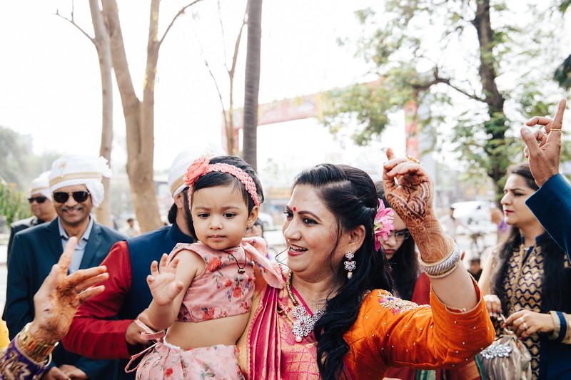 Poojan + Aneri - Wedding Day EOSR Card 1-0774.jpg