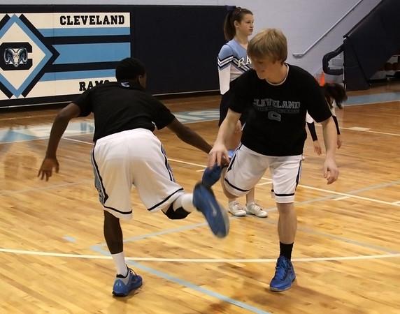 Mens Basketball v North Lenoir 1-18-13