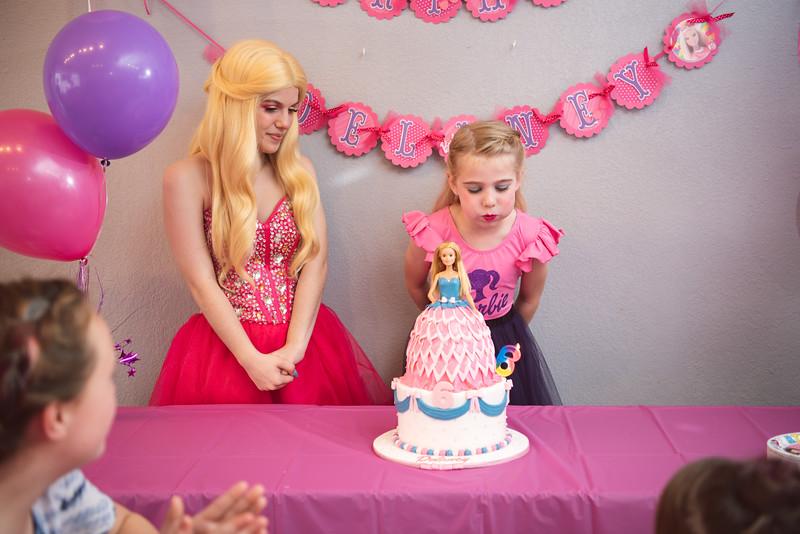 2020-0104-delaney-barbie-party-152.jpg