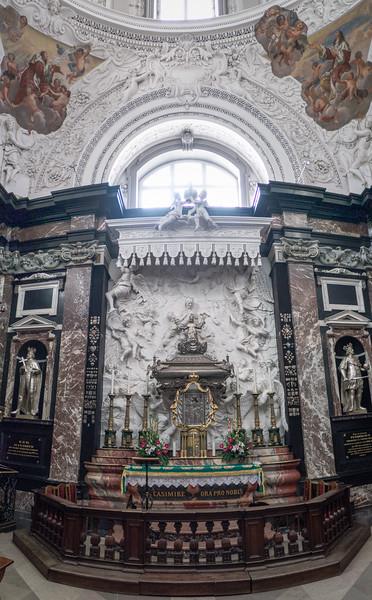 Vilniaus Šv. Stanislovo ir Šv. Vladislovo arkikatedra bazilika ps vert i3.jpg