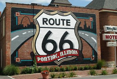 Murals on Main Street Tour in Pontiac