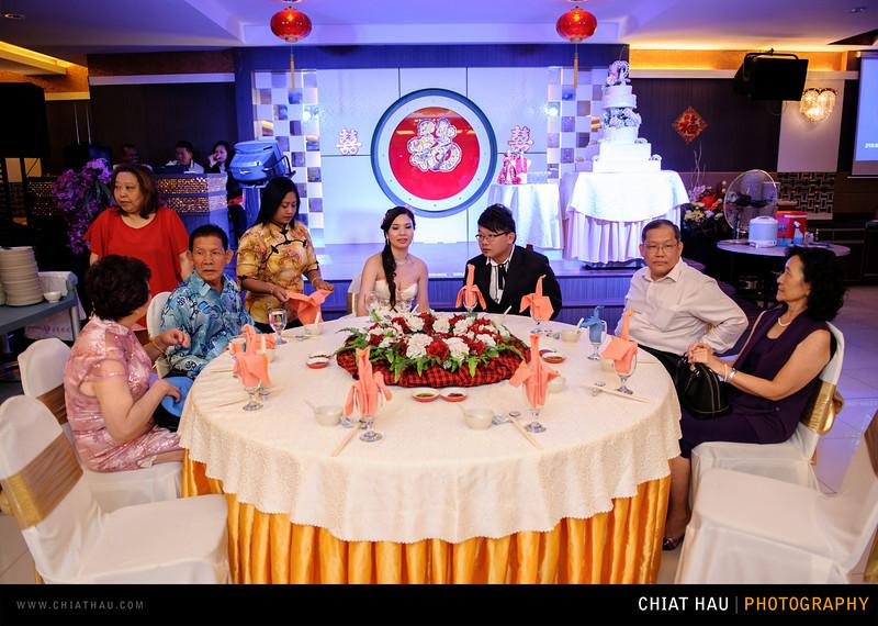 Chee Hou + Li Li - Actual Day Bride Dinner -_-54.jpg