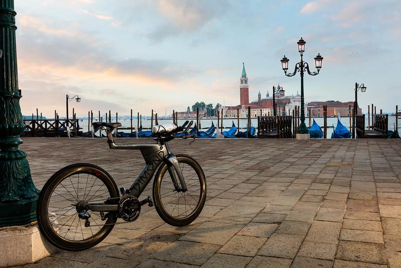 Dimond-Venice-Gondolas-0536.jpg