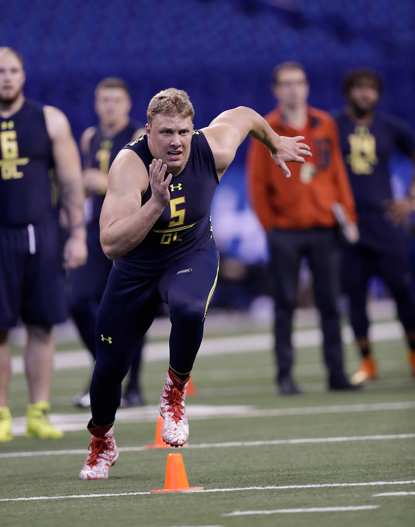 . Utah offensive lineman Garett Bolles runs a drill at the NFL football scouting combine Friday, March 3, 2017, in Indianapolis. (AP Photo/David J. Phillip)