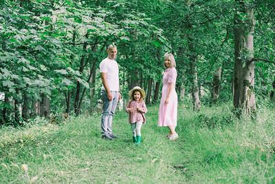 Woodland Shoot - Veronika and Family