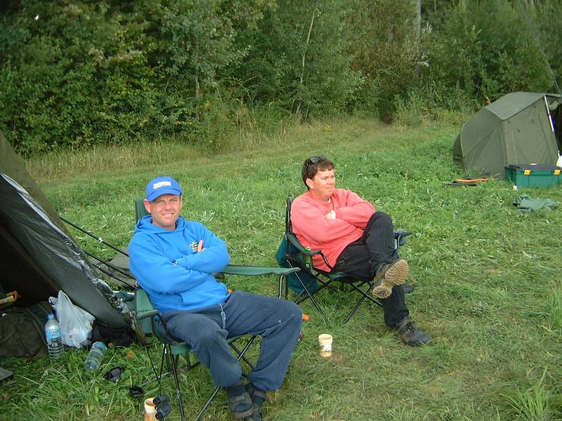 WCC01-comp-Pic 2 - Competitors resting