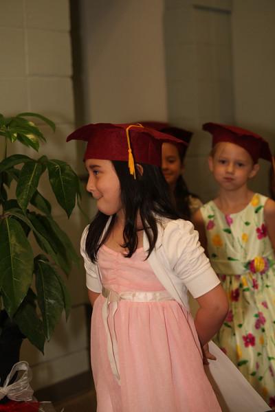 2012May18_MTA Kinder Grad_9809.JPG