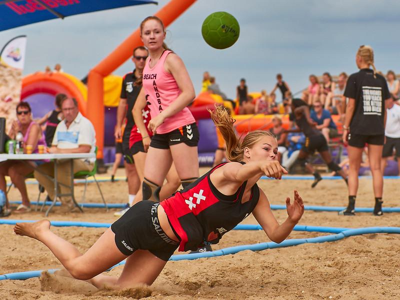 Molecaten NK Beach Handball 2017 dag 1 img 346.jpg