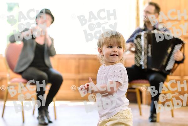 © Bach to Baby 2017_Alejandro Tamagno_Charlton_2017-07-17 043.jpg