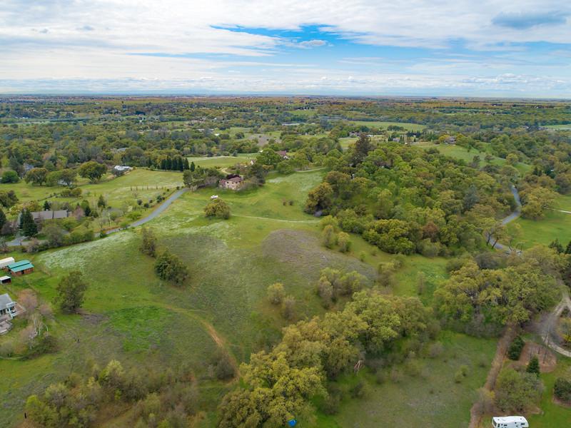 3135 Meadow Creek Rd-06.jpg