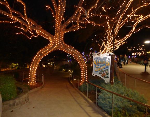 Gilroy Gardens December 2015
