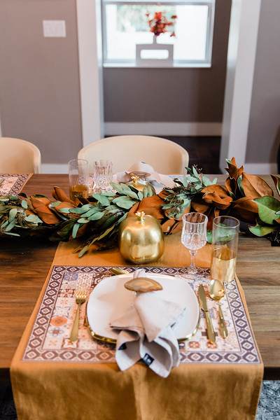 Plume & HOL Table Styling